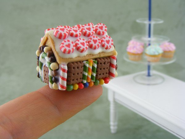 Thumb_miniature-food-sculpture4