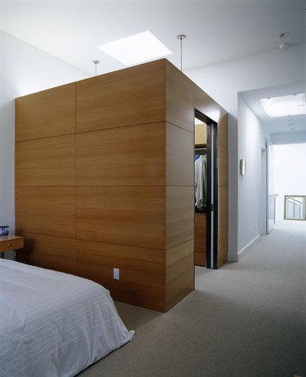 Thumb_chattanooga-masterbed_closet