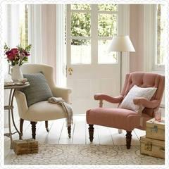 Caso você tenha um espacinho sobrando aí na sala de estar, no hall de entrada ou em qualquer outro lugar, crie um cantinho aconchegante para você papear, tomar um chá e dar aquela relaxada . Que tal?